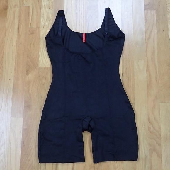 03ea91b272a SPANX Intimates   Sleepwear